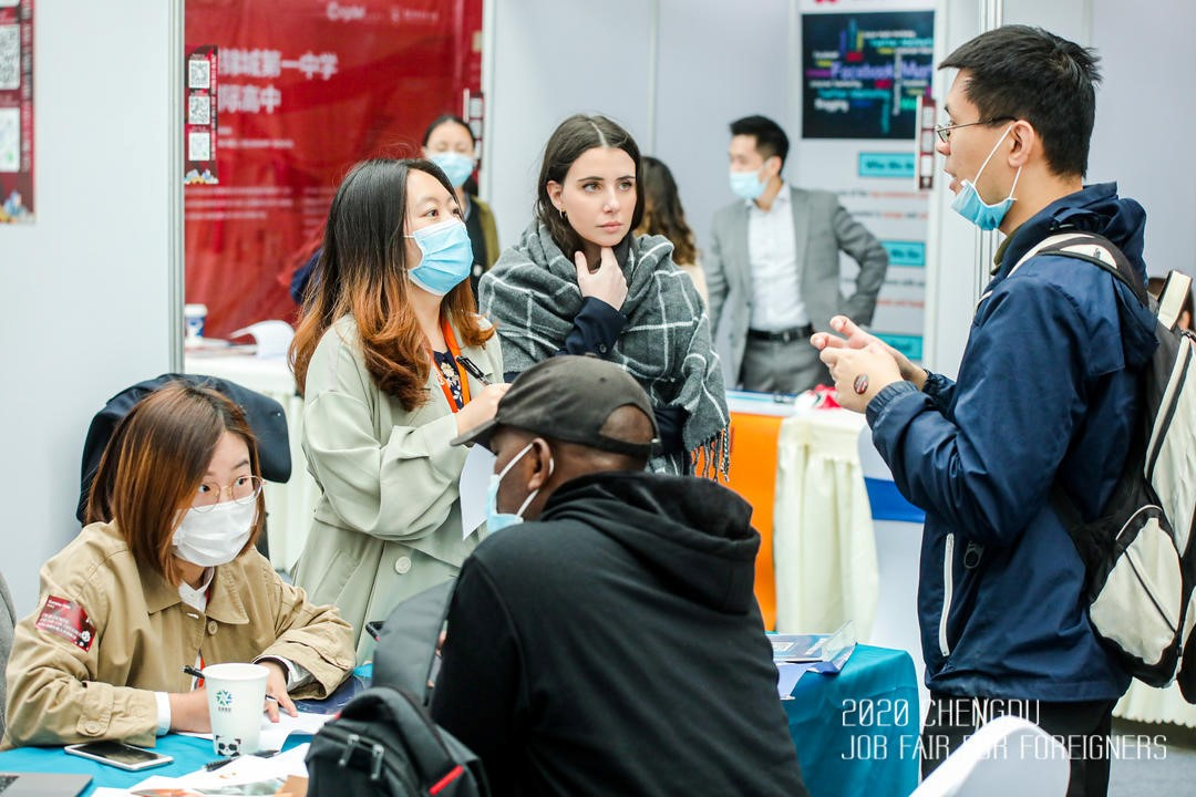 China job fair for foreigners in Chengdu